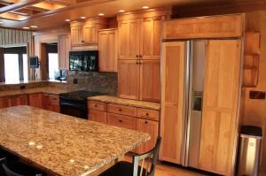 Foster-Island-kitchen